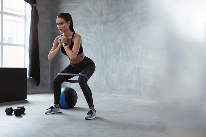 ejercicios con ligas elásticas